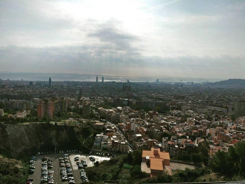 Barcelona von (schräg) oben.